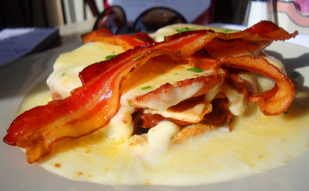 Kentucky Hot Brown At Dudley's In Lexington