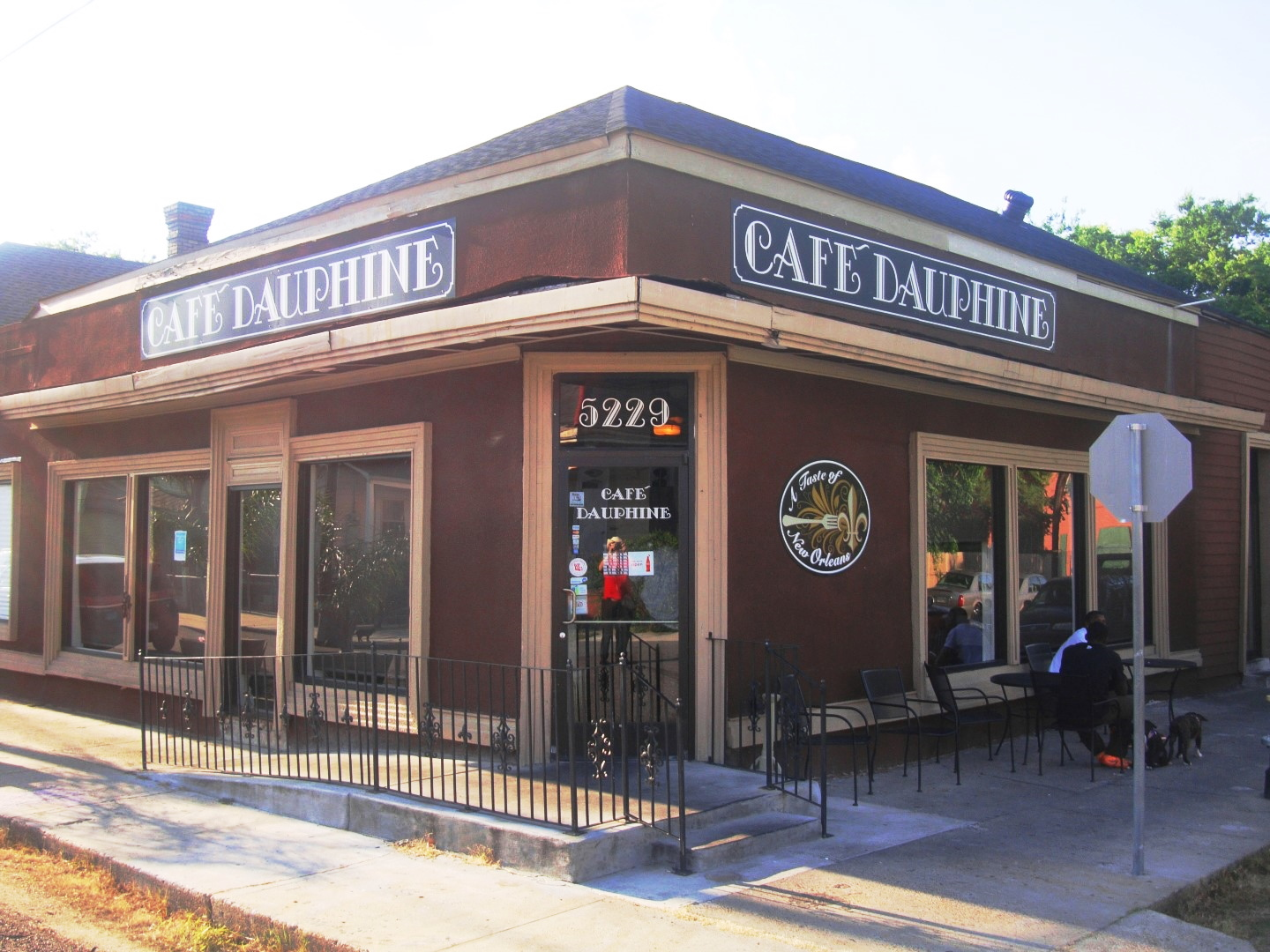 Cafe Dauphine In New Orleans Lower 9th Ward